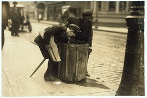 Lewis W. Hine: Child Scavengers